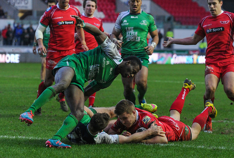 Rugby Union - Guinness PRO12 - Round 12 - Scarlets v