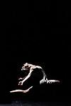 LA JEUNE FILLE ET LA MORT <br /> <br /> Direction artistique Gradimir Pankov<br /> Chor&eacute;graphie et d&eacute;cor Stephan Thoss<br /> Costumes Jelena Miletic<br /> Lumi&egrave;res Marc Parent<br /> Son Raymond Soly<br /> Musiques Philip Glass, Nick Cave et Warren Ellis, Alexandre Desplat, Clint Mansell, Finnbogi Petursson, Rachel Portman, Trent Reznor et Atticus Ross, Franz Schubert (avec arrangements de Gustav Mahler), Christopher Young<br />  <br /> Avec les danseurs des Grands Ballets Canadiens de Montr&eacute;al<br /> Compagnie : Grands Ballets Canadiens de Montr&eacute;al<br /> Lieu : Th&eacute;&acirc;tre de Chaillot<br /> Ville : Paris<br /> Date : 08/03/2017<br /> &copy; Laurent Paillier / photosdedanse.com
