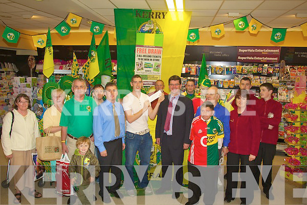 DRAW: Killian Young of the Kerry Senior panel who drew the lucky ticket for one of Garveys Super Valu Tralee customers to go to Croke Park on Sunday to watch Kerry V Cork in the All Ireland Final..