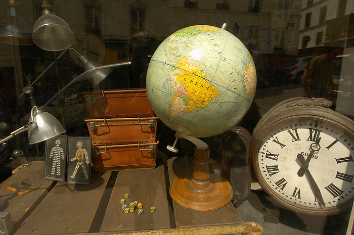 Paris - France - Montmatre - Antiquw shop window