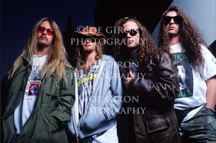 Various portraits & live photographs of the rock band, Alice in Chains