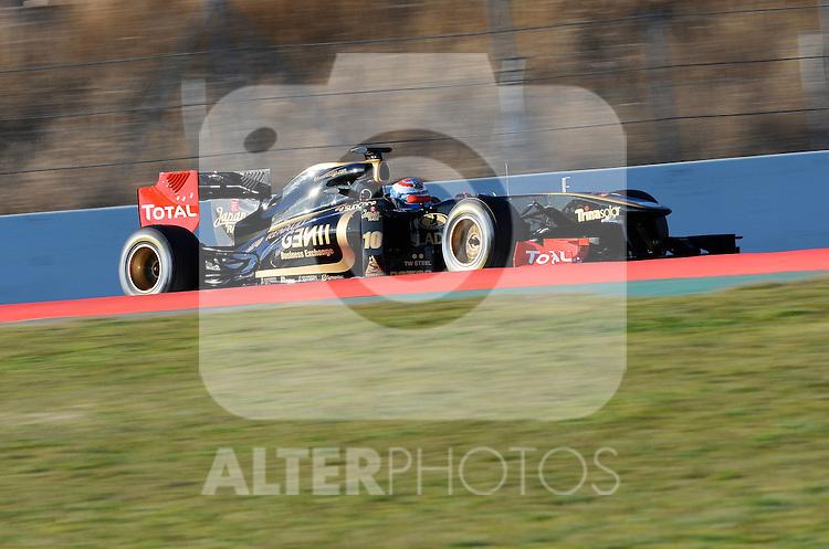18.02.2011, Circuit de Catalunya, Barcelona, ESP, Formel 1 Test 3 2011,  im Bild Vitaly Petrov (RUS), Lotus Renault GP Foto © nph / Dieter Mathis