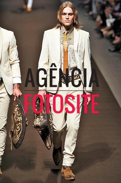 Milao, Italia &ndash; 24/06/2013 - Desfile de Etro durante a Semana de moda masculina de Milao  -  Verao 2014. <br /> Foto: Zeppelin/FOTOSITE