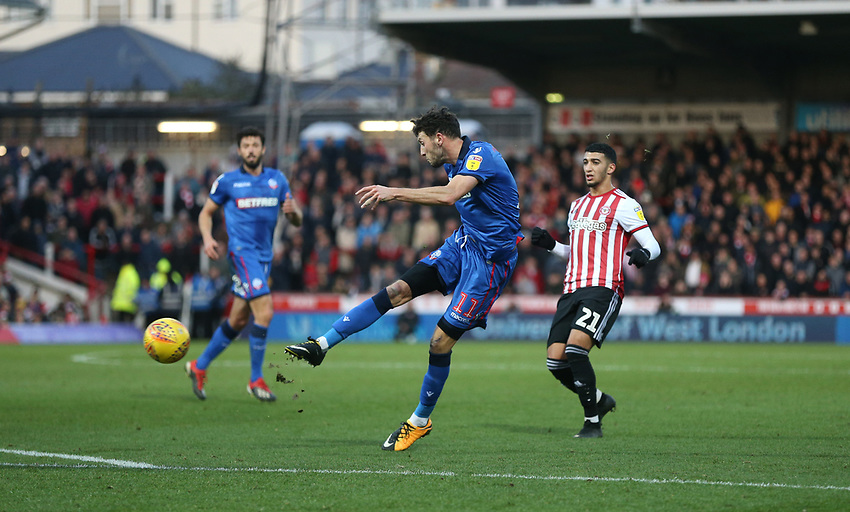 Bolton Wanderers' Will Buckley with a first half shot<br /> <br /> Photographer Rob Newell/CameraSport<br /> <br /> The EFL Sky Bet Championship - Brentford v Bolton Wanderers - Saturday 22nd December 2018 - Griffin Park - Brentford<br /> <br /> World Copyright © 2018 CameraSport. All rights reserved. 43 Linden Ave. Countesthorpe. Leicester. England. LE8 5PG - Tel: +44 (0) 116 277 4147 - admin@camerasport.com - www.camerasport.com