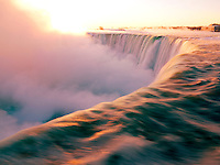 Canada, Ontario, Niagara Falls at sunrise