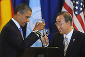 United States President Barack Obama, left, and United Nations Secretary General Ban Ki-moon, right, hold a toast during a luncheon at UN headquarters in New York, New York, USA, Thursday, 23 September 2010.  The luncheon occurs during the 65th session of UN General Assembly (UNGA), where world leaders are meeting for general debate on alleviating poverty, global security and economic development.    .Credit: Michael Reynolds - Pool via CNP