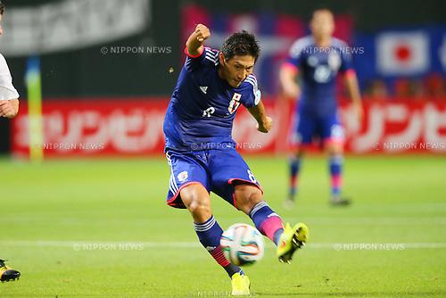 Junya Tanaka (JPN), <br /> SEPTEMBER 5, 2014 - Football / Soccer : <br /> KIRIN Challenge Cup 2014 <br /> match between Japan - Uruguay <br /> at Sapporo Dome, Hokkaido, Japan. <br />  (Photo by Yohei Osada/AFLO SPORT) [1156]