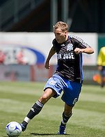 Darren Huckerby shoots for the goal. San Jose Earthquakes defeated LA Galaxy 3-2. August 3, 2008, McAfee Coliseum, Oakland, CA.