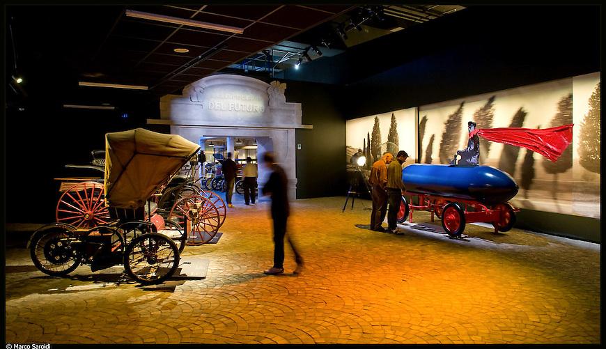 Museo dell'Automobile. Immagine appartenente al progetto fotografico Vita da Museo di Marco Saroldi.