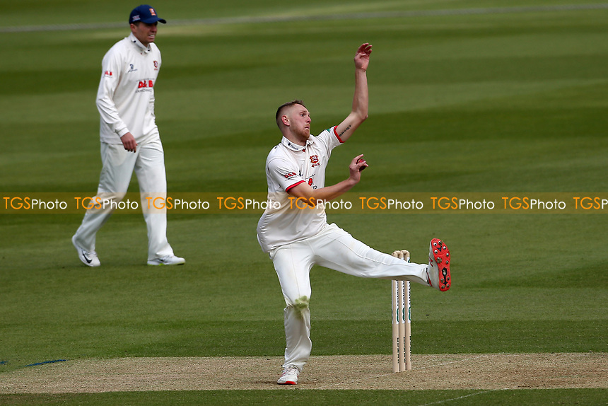 Jamie Porter in bowling action for Essex during Surrey CCC vs Essex CCC, Specsavers County Championship Division 1 Cricket at the Kia Oval on 11th April 2019