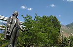 803-33-GCS June 03..General Campus Scenics..6/5/03..Photo by Jaren Wilkey.Brigham Young Statue and Y Mountain