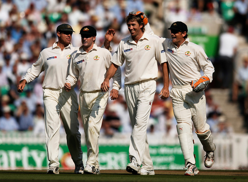 Photo: Glyn Thomas..England v Australia. nPower Test Series. The Ashes 2005..09/09/2005..Australia's Glenn McGrath (second from R) celebrates taking a wicket.