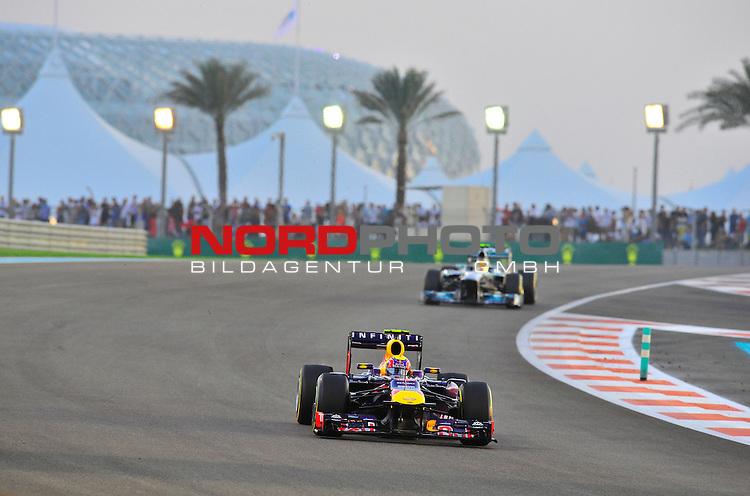 01.-03.11.2013, Yas-Marina-Circuit, Abu Dhabi, UAE, Grosser Preis von Abu Dhabi, im Bild Mark Webber (AUS), Red Bull Racing <br />  Foto &copy; nph / Mathis