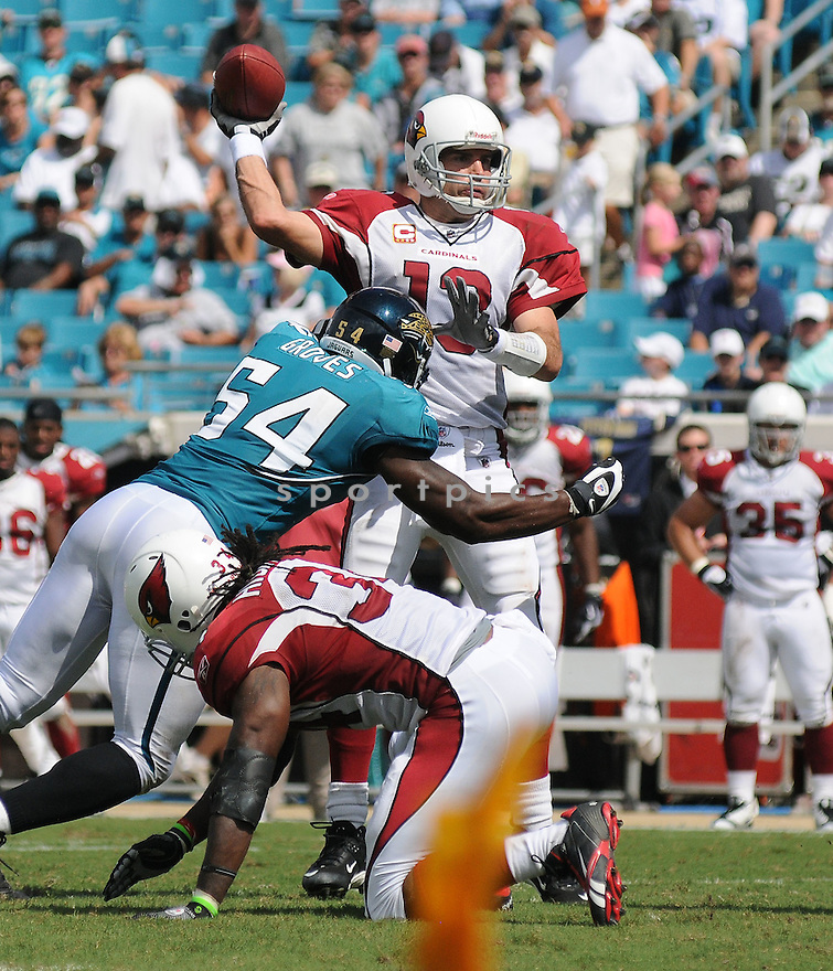 KURT WARNER,of the Arizona Cardinals , in action during the Cardinals game against the Jacksonville Jaguars on September 20, 2009 Jacksonville, FL.  The Cardinals beat the Jaguars 31-17.