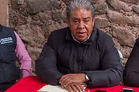 San Juan del Río., Qro 21 de Junio del 2018.- Maximiliano Hernández Presidente del Comité Municipal de San Juan del Río, denuncio al Partido Acción Nacional de tener brigadas que están comprando votos por un costo de 500 a 1,500 pesos, estas denuncias las están realizando las personas de  diferentes comunidades entre ellas están La Llave, La Valla, El Carrizo y otras, también comento la Secretaria General del Comité Estatal, Graciela Juárez que no es el único municipio donde se ha dado, donde ella ha estado recorriendo le ha tocado en Pedro Escobedo y el Municipio de Querétaro entre otros.