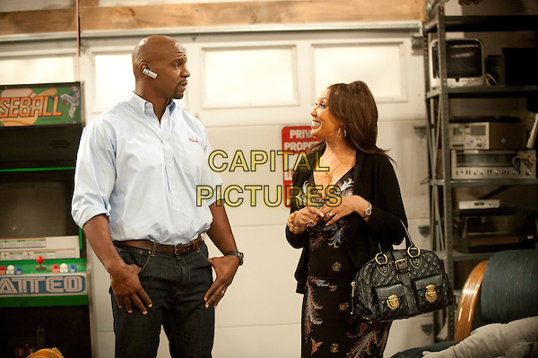 Are We There Yet? (2010-2012) <br /> Nick Persons (Terry Crews, left) and Marilyn Persons (Telma Hopkins, right)  <br /> *Filmstill - Editorial Use Only*<br /> CAP/KFS<br /> Image supplied by Capital Pictures