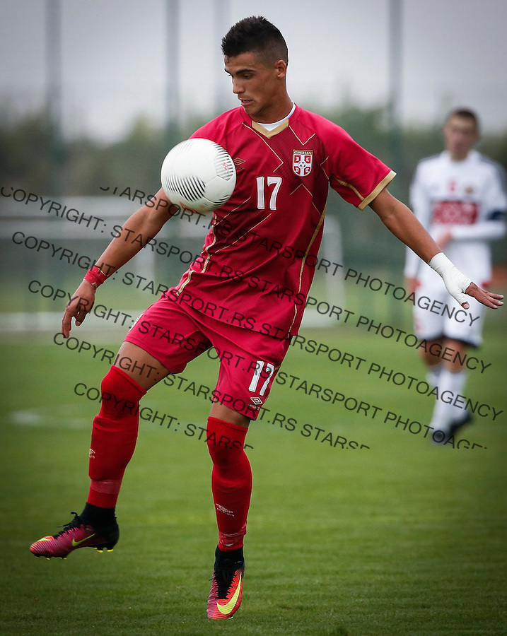 Fudbal Soccer<br /> International Friendly-Prijateljski mec<br /> Srbija U17 v Belorusiaj U17<br /> Milutin Vidosavljevic<br /> Stara Pazova, 20.09.2016<br /> foto: Srdjan Stevanovic/Starsportphoto &copy;