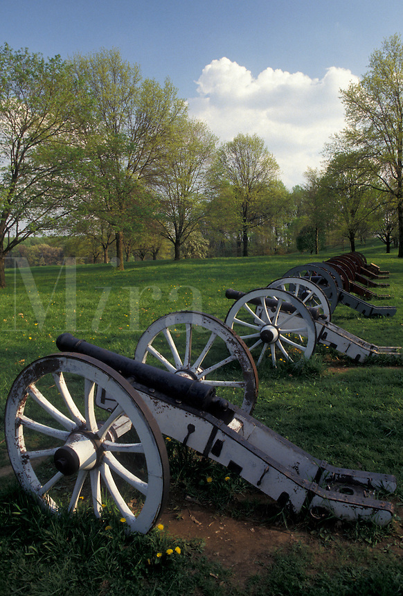 AJ4322, Valley Forge, cannons, battery, Valley Forge National Historical Park, Pennsylvania, Cannons at Artillery Park at Valley Forge Nat'l Historical Park in the state of Pennsylvania.