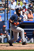 Houston Astros first baseman Jon Singleton (21) during a Spring Training game against the Toronto Blue Jays on March 9, 2015 at Florida Auto Exchange Stadium in Dunedin, Florida.  Houston defeated Toronto 1-0.  (Mike Janes/Four Seam Images)