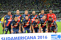 MEDELLIN- COLOMBIA - 17-08-2016: Los Jugadores de Deportivo Municipal de Peru, posan para una durante partido de vuelta de la primera fase por la Copa Suramericana entre Atletico Nacional de Colombia y Deportivo Municipal de Peru, en el estadio Atanasio Girardot de la ciudad de Medellin.  / The players of Deportivo Municipal de Peru, pose for a photo during a match for the second leg of the first phase between Atletico Nacional of Colombia and Deportivo Municipal of Peru, for the Copa Suramericana in the Atanasio Girardot stadium, in Medellin city. Photo: VizzorImage / Leon Monsalve / Cont.