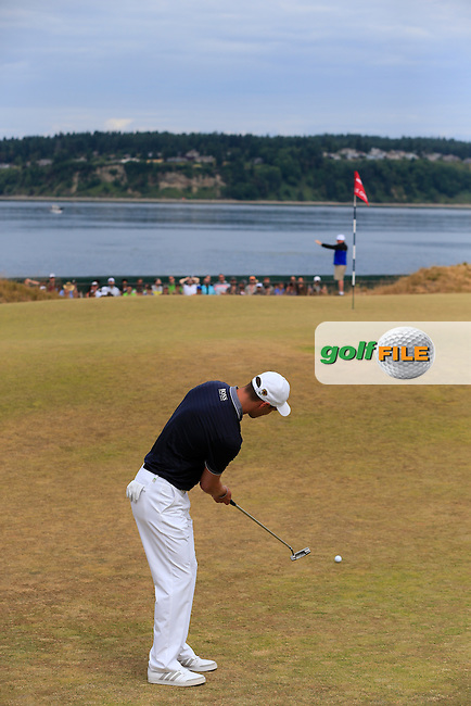 Martin Kaymer (GER) putts onto the 17th green during Thursday's Round 1 of the 2015 U.S. Open 115th National Championship held at Chambers Bay, Seattle, Washington, USA. 6/18/2015.<br /> Picture: Golffile | Eoin Clarke<br /> <br /> <br /> <br /> <br /> All photo usage must carry mandatory copyright credit (&copy; Golffile | Eoin Clarke)