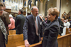 January 20, 2017; Diana Murdy thanks Paul Fritts  at the close of the Blessing and Organ Recital in the Basilica of the Sacred Heart. (Photo by Barbara Johnston/University of Notre Dame)
