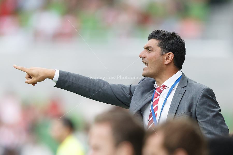 MELBOURNE - 9 FEB: John ALOISI of the Heart directs his players in the round 20 A-League match between Melbourne Heart and Perth Glory at AAMI Park on 9 February 2013. (Photo Sydney Low/syd-low.com/Melbourne Heart)