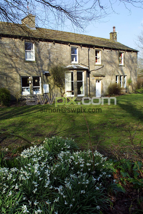 Pix: Barry Wilkinson/SWpix.com. Linton Youth Hostel, Wharfdale. 13/03/2002...COPYWRIGHT PICTURE>>SIMON WILKINSON>>01943 436649>>..Linton Youth Hostel, which is one of the Youth Hostels which is listed to close.