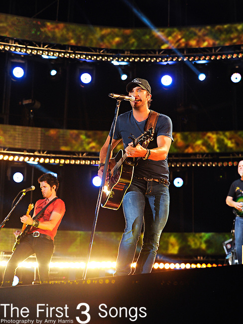 Luke Bryan performs at LP Field during the 2012 CMA Music Festival on June 09, 2012 in Nashville, Tennessee.