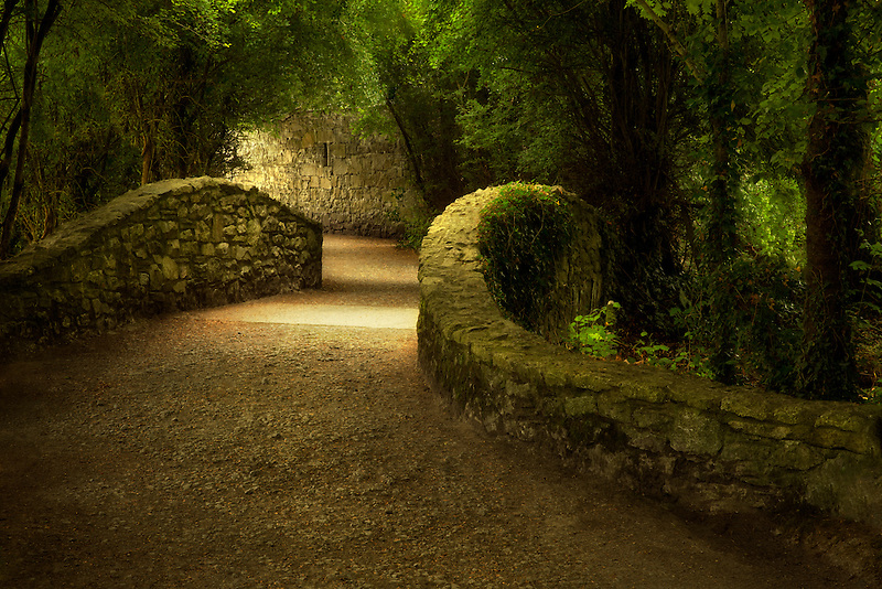 Walkway over bridge. Bunratty Castle, ireland