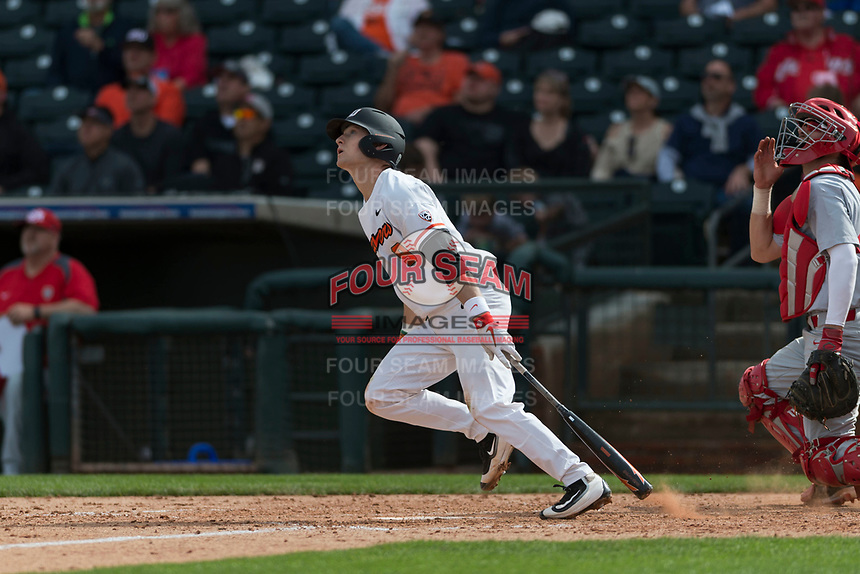 Oregon State Beavers second baseman Andy Armstrong (9) starts down the first base line during a game against the New Mexico Lobos on February 15, 2019 at Surprise Stadium in Surprise, Arizona. Oregon State defeated New Mexico 6-5. (Zachary Lucy/Four Seam Images)