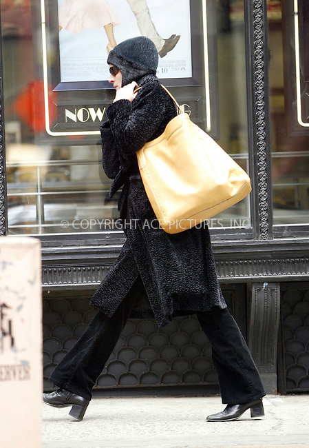 "WWW.ACEPIXS.COM . . . . .  ....March 20 2006, New York City....Actress Julia Roberts makes her way on foot to rehersals prior to the opening of her new play ""Three days of rain"" which opens soon at the Jacobs Theatre on Broadway.......Please byline: JENNIFER L GONZELES-ACEPIXS.COM.... *** ***..Ace Pictures, Inc:  ..Philip Vaughan (212) 243-8787 or (646) 769 0430..e-mail: info@acepixs.com..web: http://www.acepixs.com"