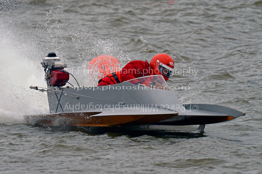 X   (Outboard Hydroplane)