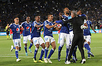 BOGOTÁ - COLOMBIA, 20-01-2019: jugadores de Millonarios  celebran al ganar el  Torneo Fox Sports  contra Independiente Santa Fe durante partido por la  final del Torneo Fox Sport 2019 jugado en el estadio Nemesio Camacho El Campín de la ciudad de Bogotá. / Millonarios players celebrate by winning the Fox Sports Tournament against Independiente Santa Fe during the final match of the Fox Sport 2019 Tournament played at the Nemesio Camacho El Campín stadium in the city of Bogotá. Photo: VizzorImage / Felipe Caicedo / Staff.