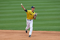 March 21, 2010:  Shortstop Derek Dennis (19) of the Michigan Wolverines in the field during a game at Tradition Field in St. Lucie, FL.  Photo By Mike Janes/Four Seam Images