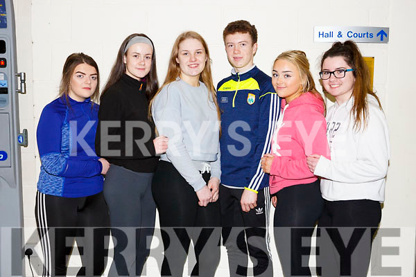 Leah Nic Ionnichtigh, Aoife Ni Dhuilleain, Avi Ni Chathasaigh, Meabh D'Altin agus Sinead Ni Mhurthu from Geal Colaiste Chairrai Trali at the Spike Ball blitz at the Tralee Sports Complex on Thursday last.