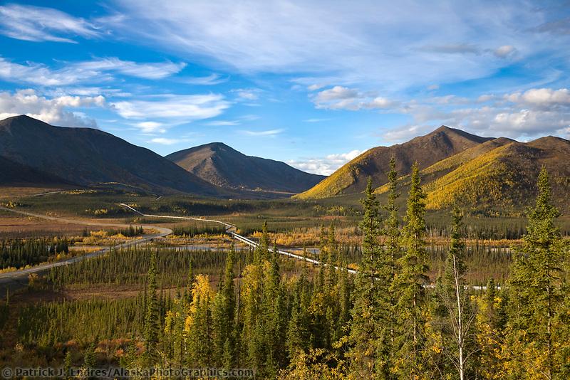 Trans Alaska Oil Pipeline, Brooks Range, Alaska.