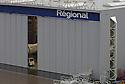 03/10/06 - AULNAT - PUY DE DOME - FRANCE - Aeroport d Aulnat. Maintenance de Regional Airline - Photo Jerome CHABANNE