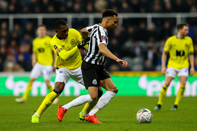 Newcastle United's Jacob Murphy shields the ball from Blackburn Rovers' Amari'i Bell<br /> <br /> Photographer Alex Dodd/CameraSport<br /> <br /> Emirates FA Cup Third Round - Newcastle United v Blackburn Rovers - Saturday 5th January 2019 - St James' Park - Newcastle<br />  <br /> World Copyright © 2019 CameraSport. All rights reserved. 43 Linden Ave. Countesthorpe. Leicester. England. LE8 5PG - Tel: +44 (0) 116 277 4147 - admin@camerasport.com - www.camerasport.com