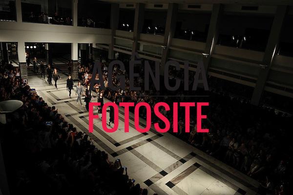 Belo Horizonte, Brasil - 22/11/2012 - Desfile de Apartamento 03 durante o Minas Trend Preview  - Inverno 2013. Foto : Danilo Grimaldi/ Agência Fotosite