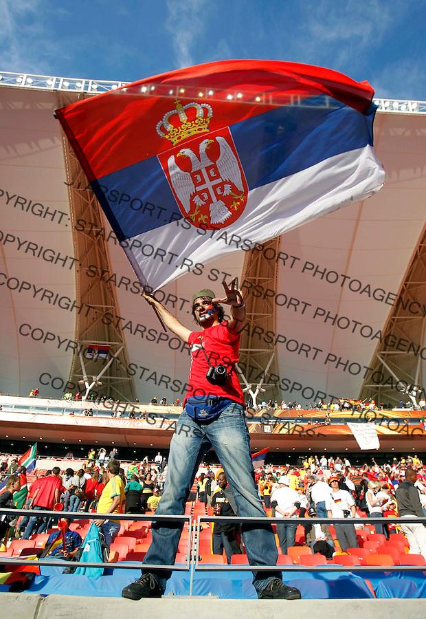 Serbian Supporter Soccer Football - 2010 FIFA World Cup - Group D - Germany v Serbia, Nemacka Srbija,  Nelson Mandela Bay Stadium, Port Elizabeth, South Africa, Friday, June 18, 2010. 18.6.2010 (credit & photo: Pedja Milosavljevic / +381 64 1260 959 / thepedja@gmail.com / STARSPORT )