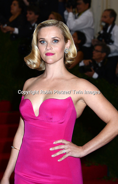Reese Witherspoon attends the Costume Institute Benefit on May 5, 2014 at the Metropolitan Museum of Art in New York City, NY, USA. The gala celebrated the opening of Charles James: Beyond Fashion and the new Anna Wintour Costume Center.