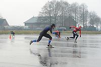 SCHAATSEN: BANTEGA: Kortebaanwedstrijd heren op natuurijs in Bantega, 10 deelnemers, winnaar Jesper Hospes , Rob van Grinsven(2e), Rolf Haaze (3e), Jorne Jonkman (4e), ©foto Martin de Jong