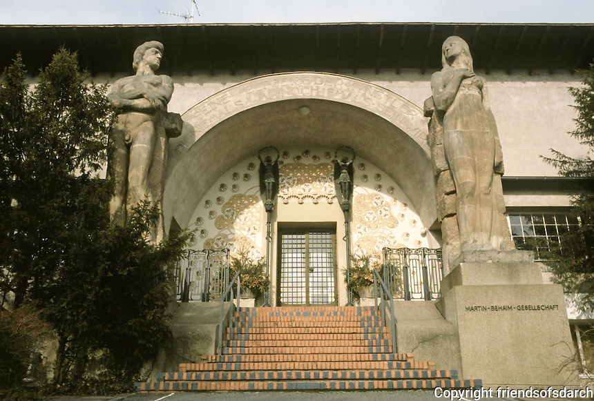 Josef Maria Olbrich: Ernst-Ludwig Haus entrance, 1901. Exhibition of 1901. Built as Mathildenhöhe artists' colony.