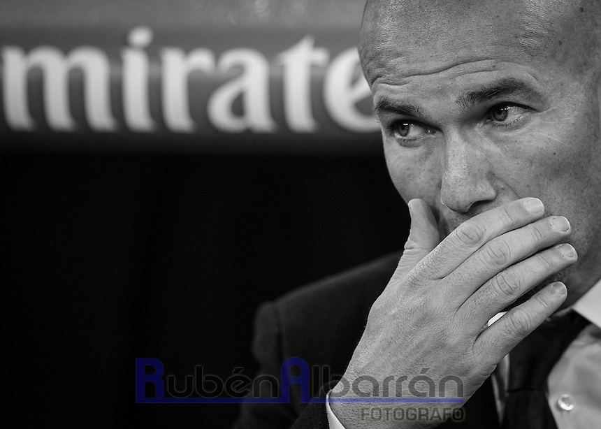 Real Madrid's French coach Zinedine Zidane