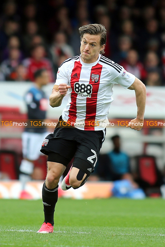 Lasse Vibe scorer of Brentford's opening goal during Brentford vs Derby County, Sky Bet EFL Championship Football at Griffin Park on 14th April 2017