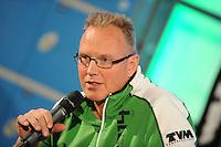 SCHAATSEN: HOOGEVEEN: Hoofdkantoor TVM verzekeringen, 18-10-2013, TVM perspresentatie, Geert Kuiper (assistent trainer), ©foto Martin de Jong