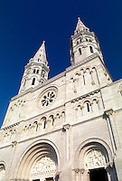 Burgundy, Macon, Saone-et-Loire, France, Bourgogne, Europe, wine region, St. Pierre Church in the city of Macon.