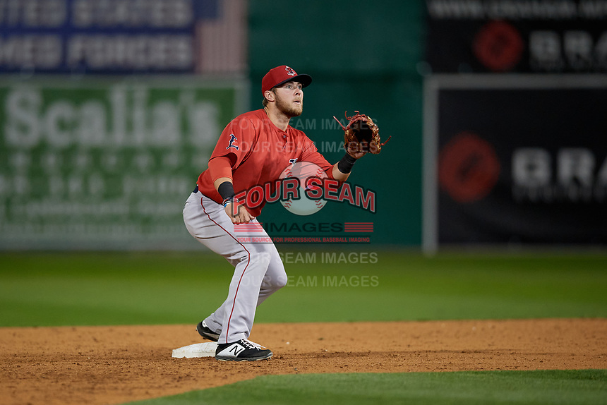 Lowell Spinners second baseman Cameron Cannon (50) waits for a throw during a NY-Penn League Semifinal Playoff game against the Batavia Muckdogs on September 4, 2019 at Dwyer Stadium in Batavia, New York.  Batavia defeated Lowell 4-1.  (Mike Janes/Four Seam Images)