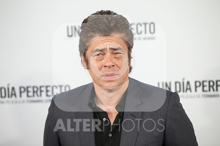 Puerto Rican actor Benicio del Toro poses during the `A Perfect Day´ (Un dis perfecto) film presentation in Madrid, Spain. August 25, 2015. (ALTERPHOTOS/Victor Blanco)